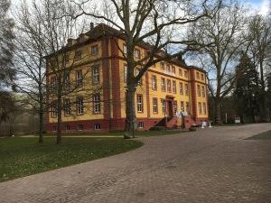 Schloß Hallenburg